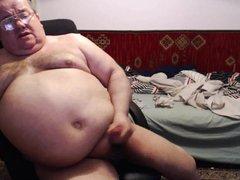 Fat boy vidz play with  super cock.