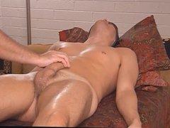 Vilda Molek vidz joins us  super for a long, slow, sensual massage
