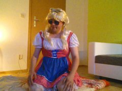 Young crossdress vidz girl masturbates  super in pink dress an lingerie