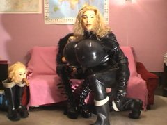 Roxina Sofa vidz Dollz Play  super X