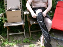 Wanking in vidz the garden  super - in leather and boots