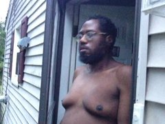 Outside in vidz the nude