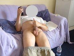 Masturbating a vidz large cock