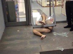 Str8 naked vidz guy ran  super through a glass door
