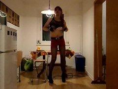 Smoking Redhead vidz Emo Girl  super in Kitchen