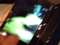 Dedicace - vidz Je me  super Branle et j'ejacule devant une video