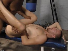Aaron Jacobs vidz Gets Fucked  super By His Black Trainer