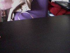 I got vidz my table  super pregnant