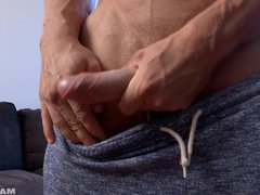 Maskurbate Brad vidz Showing Off  super His Huge Muscles and DICK!