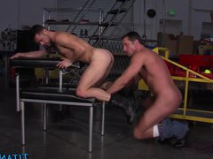 Hung bear vidz blows his  super load