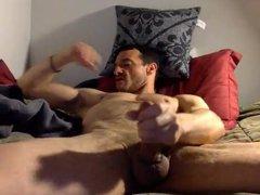 Str8 daddy vidz watching porn  super & jerk on bed