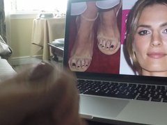 Masturbating to vidz Stana Katie's  super Sexy Face and Feet
