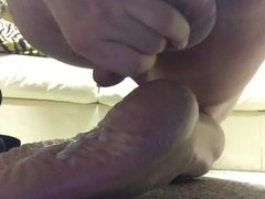 Cumming on vidz my sexy  super wrinkled sole