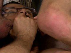 ExtraBigDicks Threesome vidz With The  super Sexy Gardner