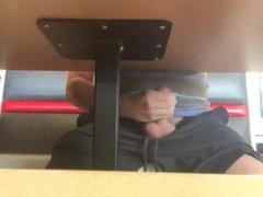 Cum under vidz the table  super in cafe