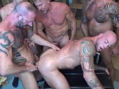 Sean Duran vidz GoGo Gangbang  super Gay Sex