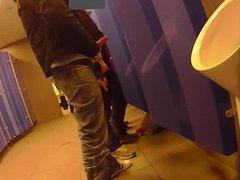 jerk in vidz restroom :-)