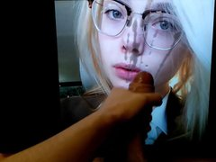 Elle Fanning vidz looks Absolutely  super Adorable in glasses Tribute
