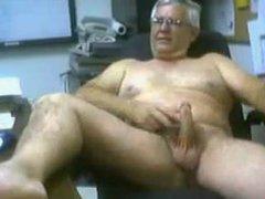 hot daddy vidz on cam