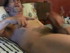 Hot daddy vidz wanking his  super huge cock