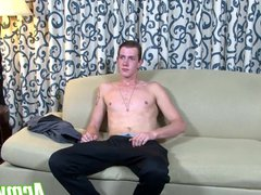 Tattooed guy vidz playing with  super his big dick