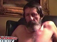 Rugged guy vidz Glen masturbates  super his big cock
