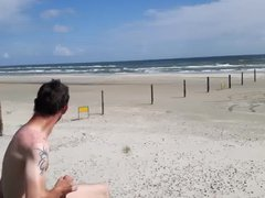 Jerking off vidz on the  super beach