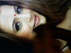 huge load vidz on Amisha  super Patel slutty face