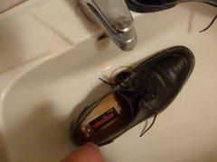 Piss in vidz men's dress  super shoe