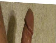 Rubbing on vidz my cock