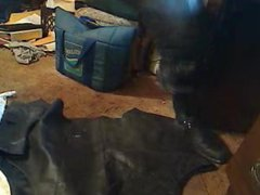 Leather clad vidz PISSING
