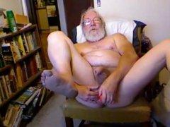 grandpa play vidz with a  super dildo