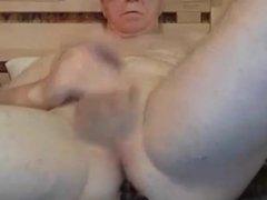 grandpa stroke vidz and play  super with a dildo
