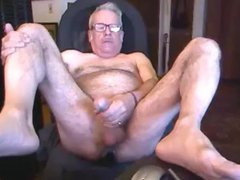 Hairy Daddy vidz Jerking Off  super With Butt Plug