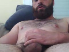hot beard...hot vidz cum