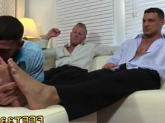 Teen boys vidz sucking on  super guys toes videos gay Johnny and Joey both have size