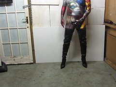 posing in vidz my crotch  super boots halloween