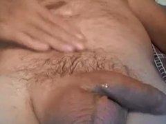 Granddad stroking vidz and cumming