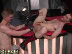 Big gay vidz sex with  super and beautiful round male ass Seamus O'Reilly waits - ass