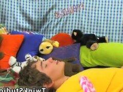 Small dick vidz gay twink  super jerk off video Josh
