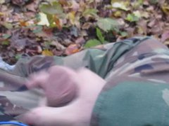 Fapping in vidz the Woods