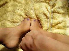 Blowing Load vidz On Pantyhose  super Feet