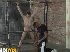 Kinky Tyler vidz makes full  super use of captive fresh twink James