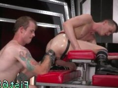 First time vidz anal fisting  super of boys and boy gay fist Tatted hottie Bruce Bang