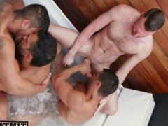 Diego, Wagner, vidz Flex &  super Tim Kruger bareback hot tub-behind the scenes