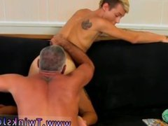Pic gay vidz sex group  super gay sex sister This spectacular and muscled hunk has