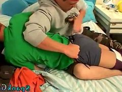 Male muscle vidz men kissing  super gay first time Hoyt