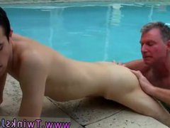 Big cut vidz dick xxx  super gay Daddy Brett obliges of course, after sharing some