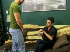 Free male vidz gay porn  super sports videos The youthfull Latino man goes over to
