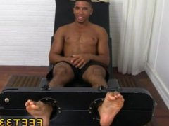 Daddy gay vidz porn toe  super sucking Mikey Tickle d In The Tickle Chair